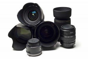 Na zdjęciu obiektywy do aparatu fotograficznego